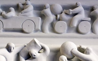 Tom Otterness - Battle of the Sexes frieze